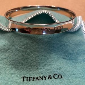 Tiffany 1837 silver bangle